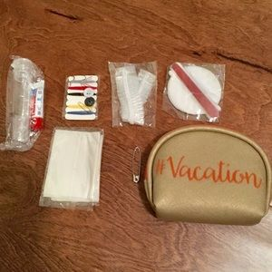 Handbags - BOGO Vacation pouch
